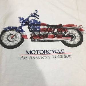Motorcycle an American Tradition shirt L